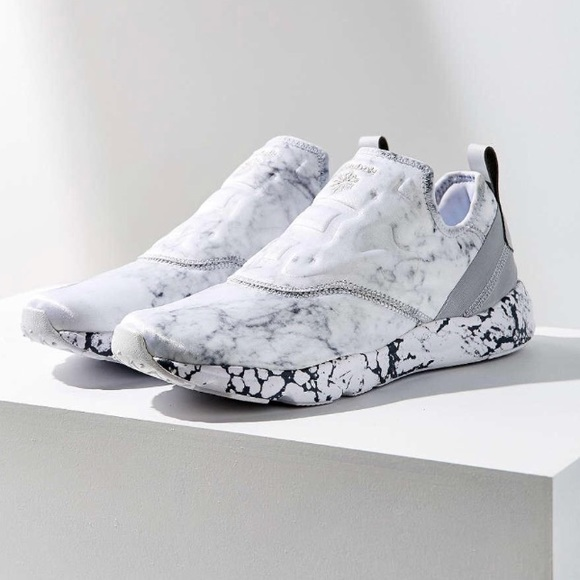 4ac57c47672 8.5 furylite white marble Reebok s slip on. M 5af3c3f81dffdaaab266b61a